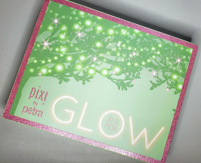 Review: Pixi Glow in a Box Collection*