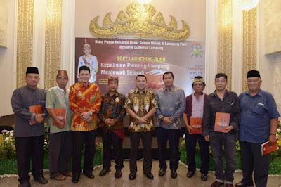 """Gubernur Ridho Hadiri Peluncuran Buku """"Kepaksian Pernong Lampung Menjawab Sejarah"""""""