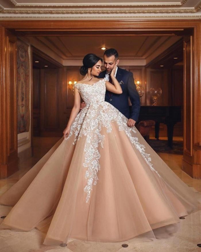 https://www.babyonlinedress.co.uk/gorgeous-appliques-lace-tulle-off-the-shoulder-a-line-wedding-gowns-g109882?utm_source=blog&utm_medium=barb&utm_campaign=post&source=barb