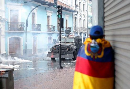 Detienen en Ecuador a 350 manifestantes contra la reforma económica de Lenín Moreno