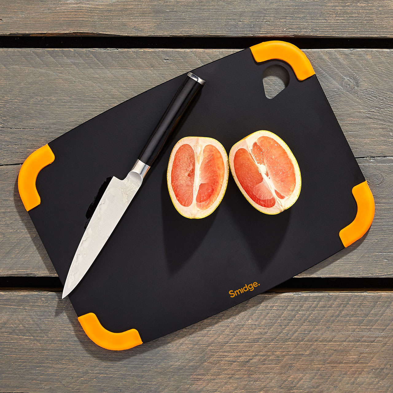 Substainably sourced chopping board from Smidge