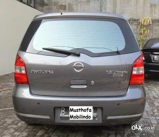 Nissan Grand Livina 1.5 Ultimate, A/t 2010. Sgt Terawat