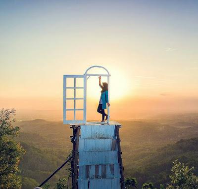 berikut ini review lengkap Pintu Langit Dahromo Jogja beserta foto Inilah 7 Foto Keren Bukti Pintu Langit Dahromo Wajib Kau Jelajahi