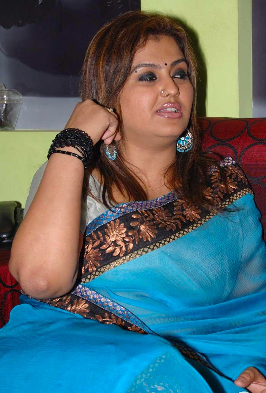 Fat And Hot Tamil Actress Sona Heiden Blue Saree Photos Baobua Bolly Baobua Com