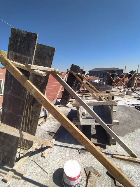 Eğimli Çatı Betonu mansart çatı