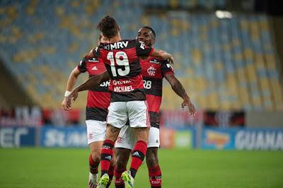 """Jesus destaca DNA do Flamengo: """"Não sabe jogar de outro jeito"""""""