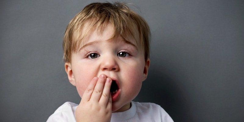 penyebab bayi mual