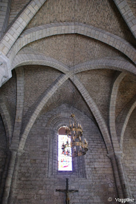 Gli interni della Basilica di Saint Saveur
