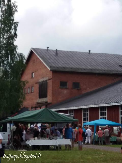 antiikkimarkkinat Jokela tiilitehdas