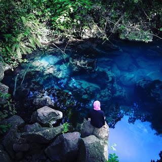 Panorama keindahan Danau Situ Biru Cilembang Sumedang