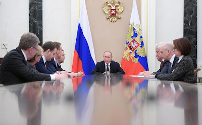 Vladimir Putin meeting on economic issues.