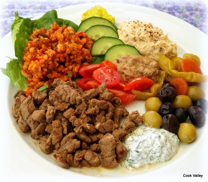 Almindelig cookvalley - tanker om mad: Shawarma med kisir og andet godt! QW79