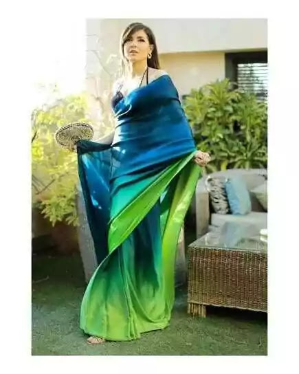 Mahnoor Baloch Looking Absolutely Gorgeous In Green Saree