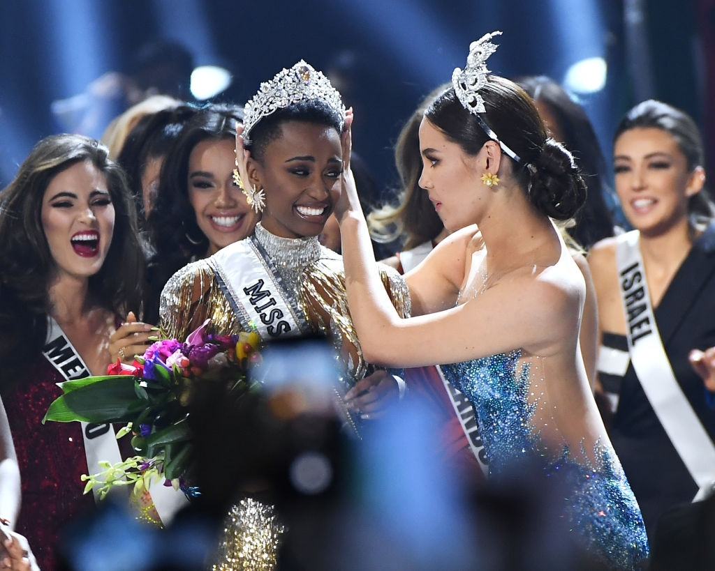 Oprah Congratulates Miss Universe 2019—and Celebrates Her Message for Young Women