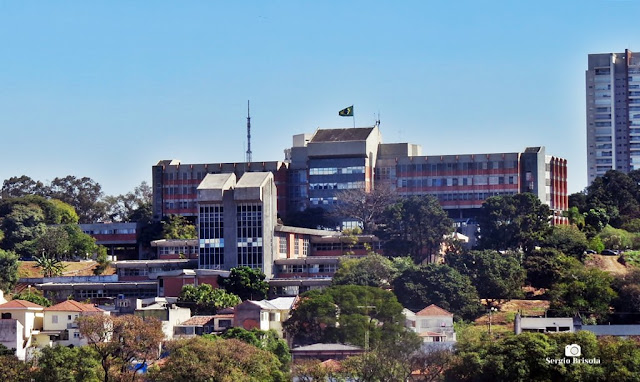 Vista ampla do complexo do Hospital Militar de Área - São Paulo - Vila Monumento