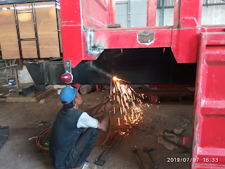 Proses Potong Chassis Truck Tronton Long UD Nissan Diesel CDA 260