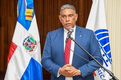 Ministro Vásquez Martínez convoca para mañana Consejo Superior Policial  para tratar tema Dican