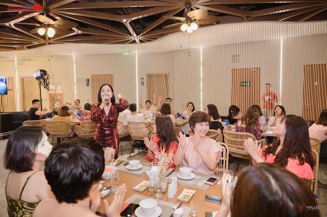 tiệc gala tại nhà hàng sea