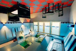 Propeller Island Hotel, Berlin, Alemania