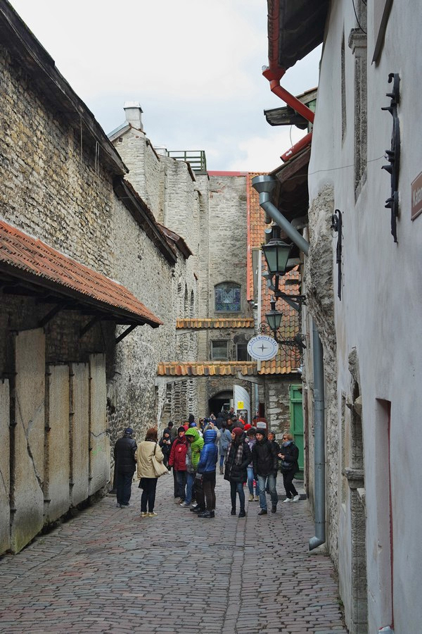 estonie tallinn vieille ville passage saint-catherine