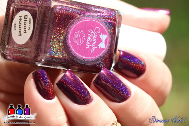 Cupcake Polish, Blood Hound, vinho, magenta, holographic, holográfico, esmalte, Mony D07, Color Club, Harp On It, prata, carimbada, Placa acrílica, XY-K01.