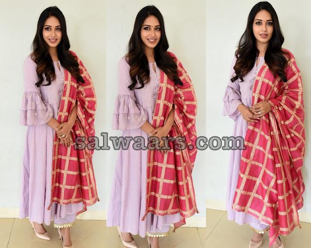 Nivetha Pethuraj Baby Pink Salwar