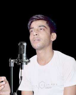 गीतों के माध्यम से राष्ट्रीय पहचान बनाने में जुटे जौनपुर के हरिओम तिवारी   #NayaSaberaNetwork