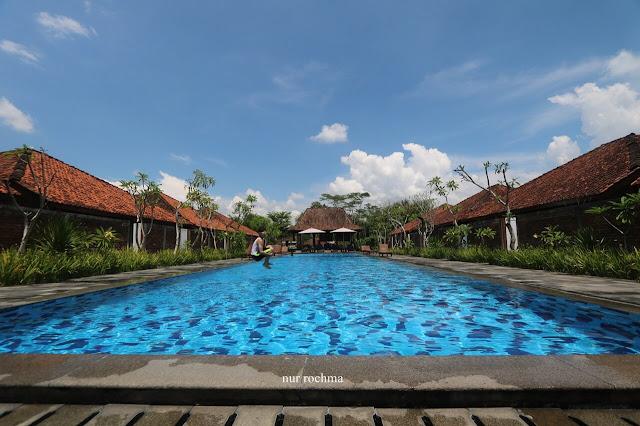 kolam renang shankara borobudur