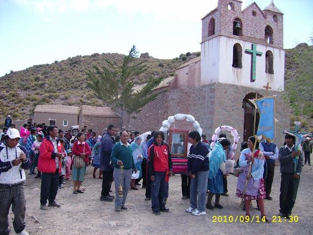 "Parrish fiest ""Exaltacion de la Santa Cruz "" and procession in Oke Orco de Qillacas on 14. of September"
