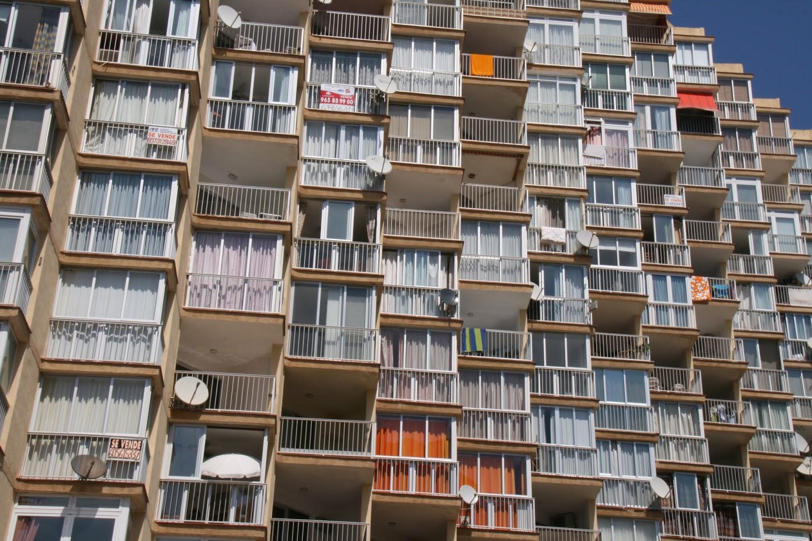 quieres usar el espacio de la terraza para agrandar tu piso ests pensando cerrar tu terraza muchas personas se plantean cerrar sus balcones para ganar with