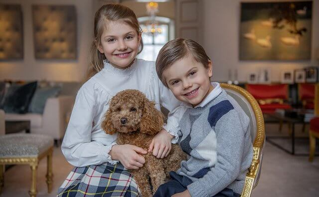 Princess Estelle wore a checked skirt from Bonpoint and shoes from jacadi. Crown Princess Victoria