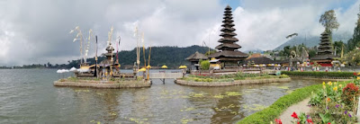 Pura Ulun Danu Bratan, Isla de Bali, Indonesia.