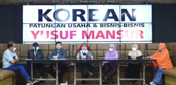 Ngaku Jadi Korban Penipuan Ustadz Yusuf Mansur, Eks TKI dan Emak-emak Curhat ke Neno Warisman