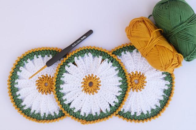 1 - Crochet Imagen Posavasos de margarita a crochet y ganchillo por Majovel Crochet
