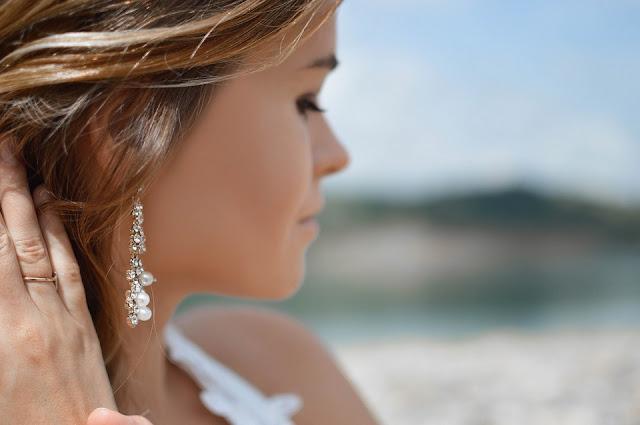 kolczyki srebrne - srebrna biżuteria - Lian Art - biżuteria z grawerem - biżuteria personalizowana - prezent dla kobiety - prezent dla mamy - prezent na dzień Matki - prezent na Dzień Kobiet