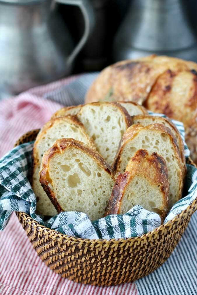 Garlic and Cheese Country Bread (Garlic & Gruyère Pain de Campagne)