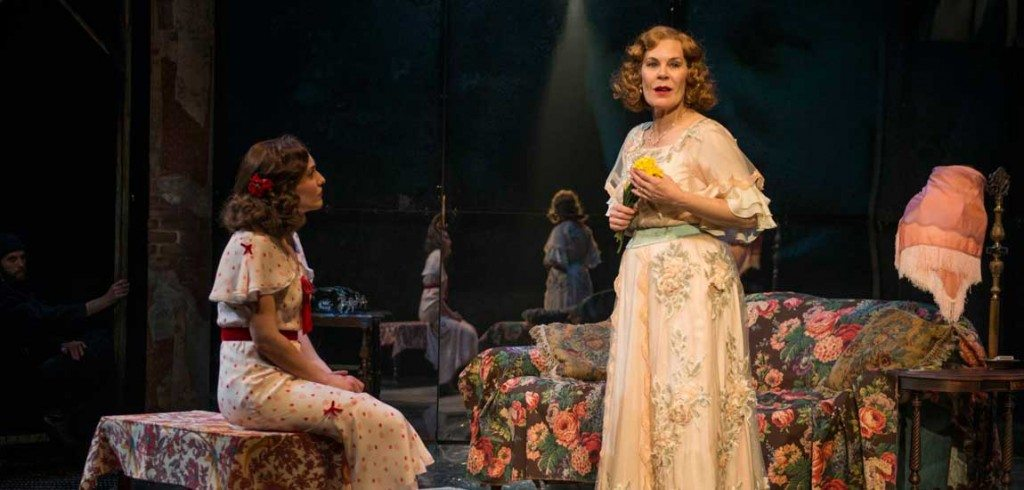 the glass menagerie free