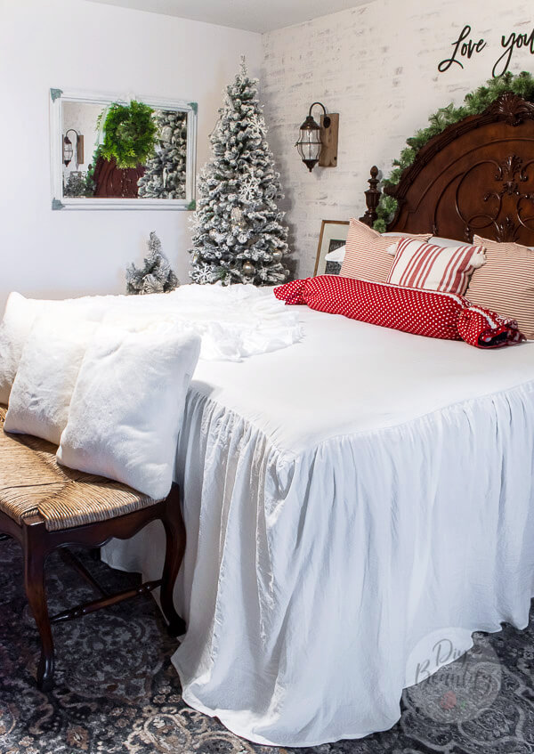 Christmas bedroom ruffled white bedspread