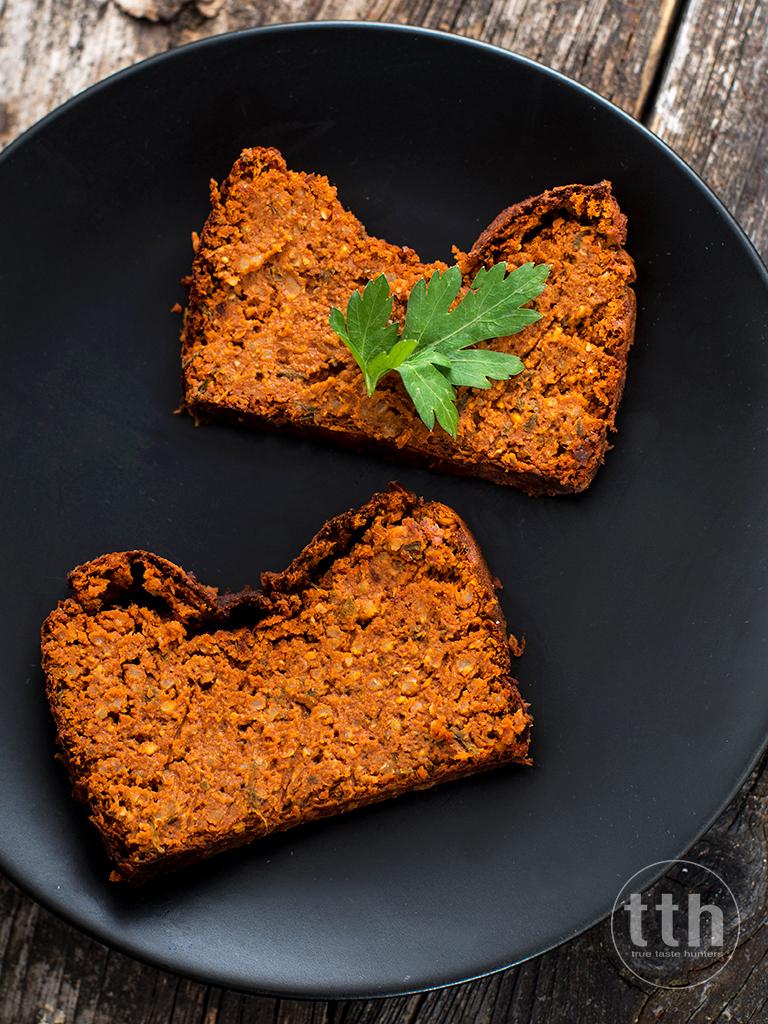 Paprykowy pasztet z czerwona soczewica i orzechami wloskimi  - przepis weganski, bezglutenowy