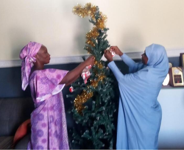 See what Muslim Woman did to CAN Chairman's House In Kaduna