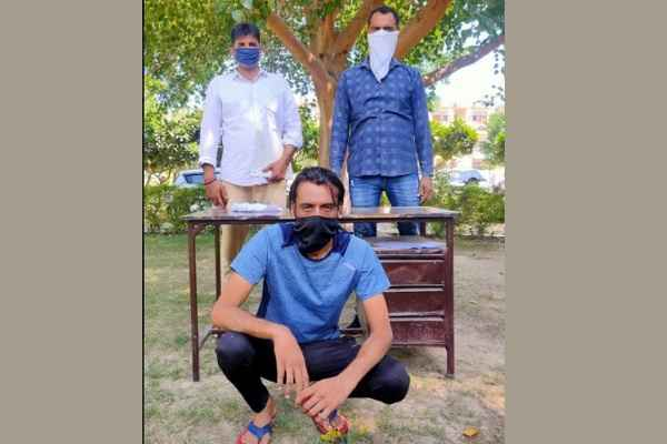 faridabad-crime-branch-central-arrested-accused-with-illegal-weapon