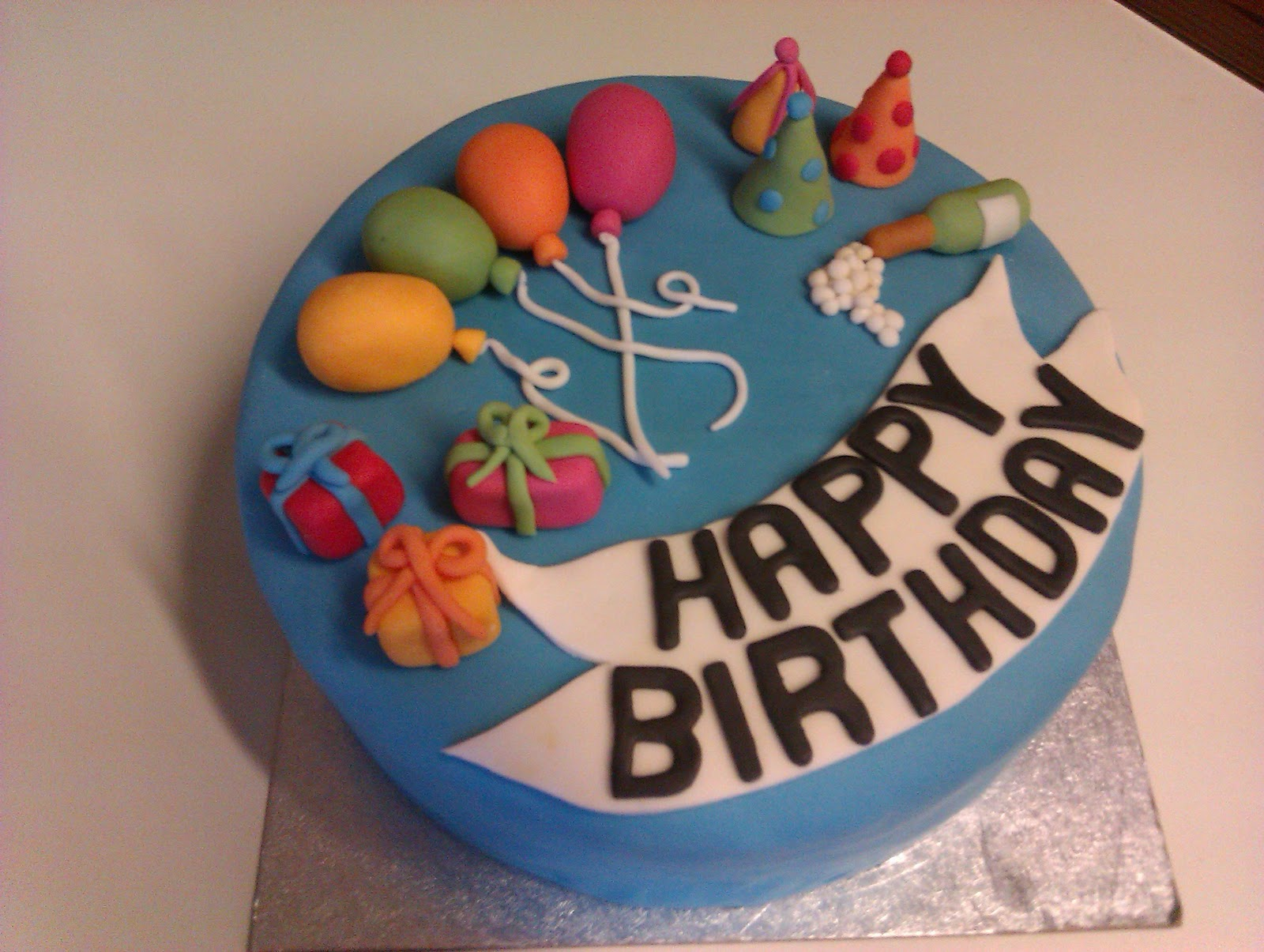 Novelty Cakes By Erin Hobbs