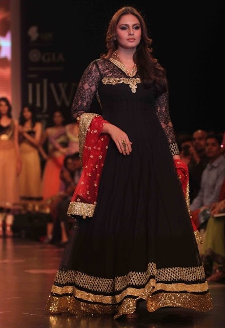 Huma Qureshi In Gold Color Patch Work on Black Anarkali Frock