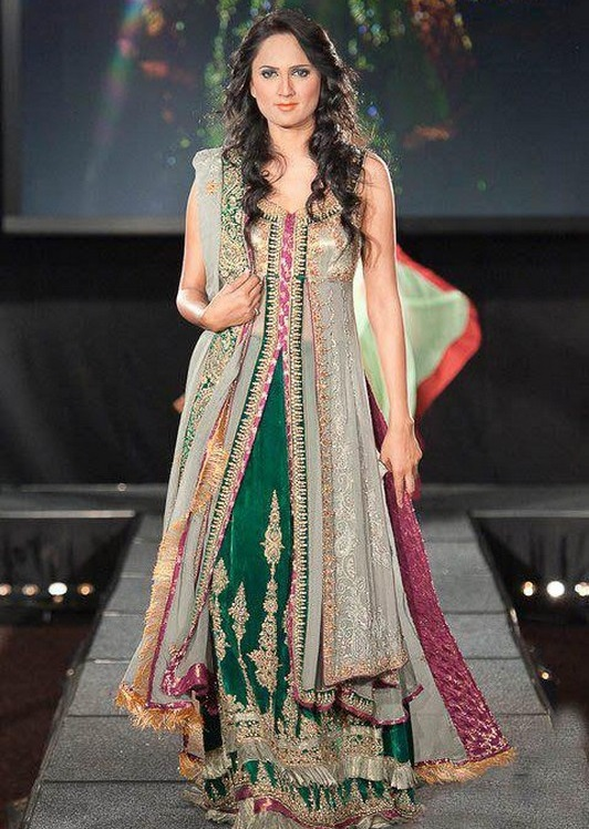 Latest Trends Of Indian Dresses 2017 Wear By Women