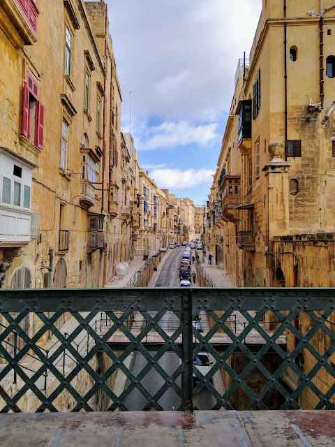 Valletta - Sincerely Loree