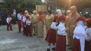 Lirik dan Video Lagu Hari Pertama Masuk Sekolah