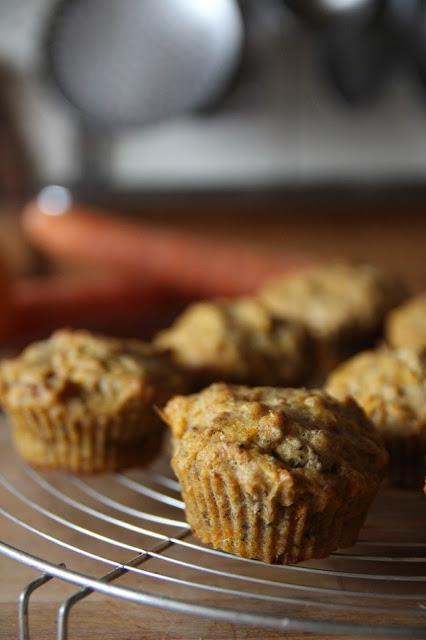 https://cuillereetsaladier.blogspot.com/2017/01/muffins-aux-carottes-et-lorange.html
