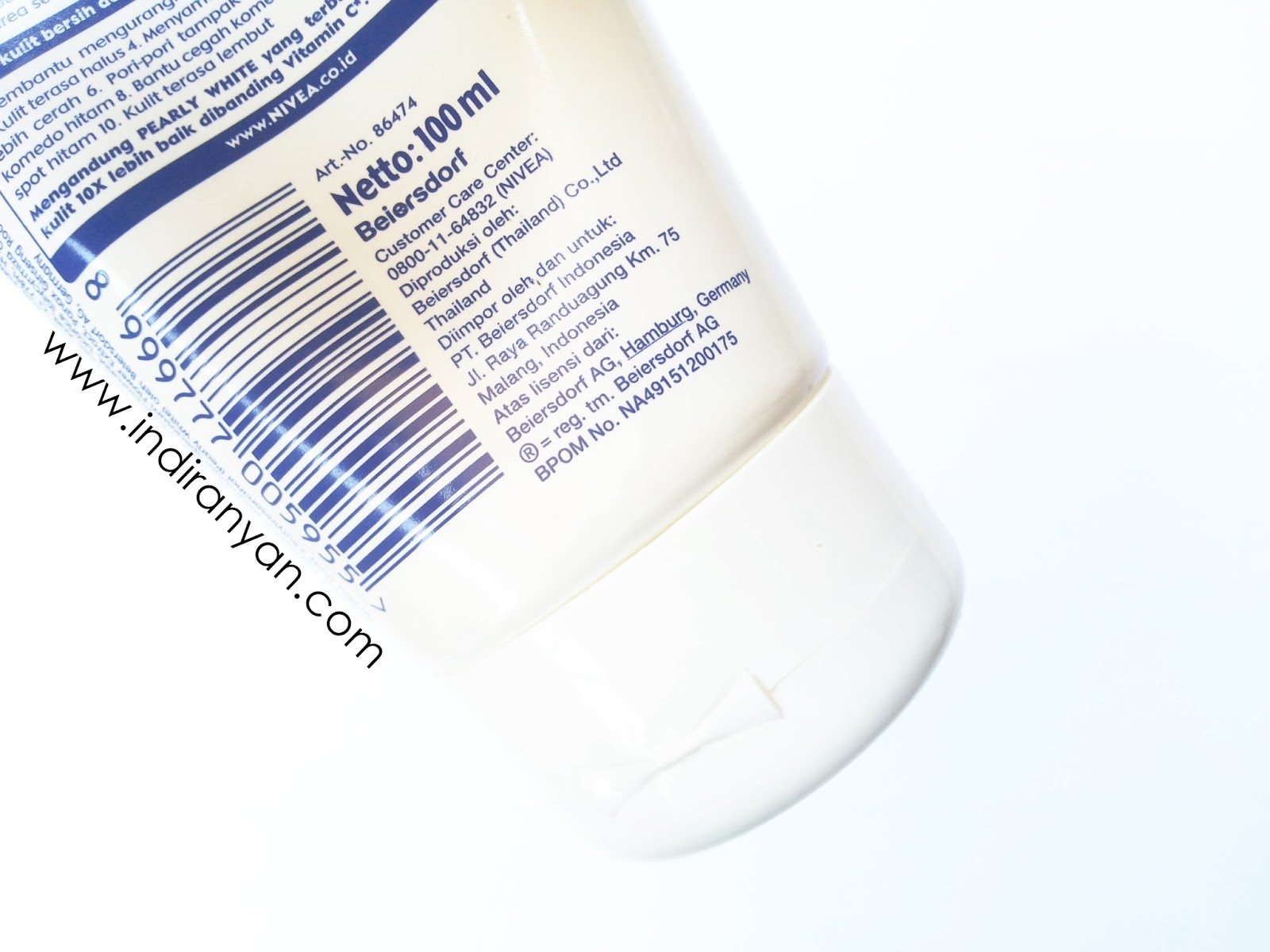 Review Nivea Make Up Clear White Oil Control 2 In 1 Foam Center 100ml The Ingredients List Side Of Tube And I Forget To Take Picture So Im Write It Below