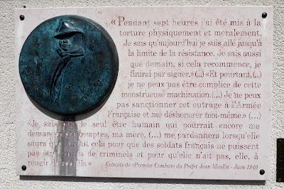 Plaque commémorative pour Jean Moulin à Saint-Georges-sur-Eure