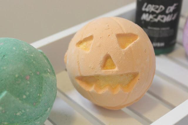 Lush Monsters Pumpkin Bath Bomb Review